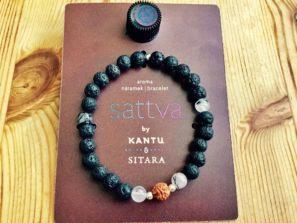 Náramek pro jogínku i nejogínku inspirovaný aromaterapií a jógou.