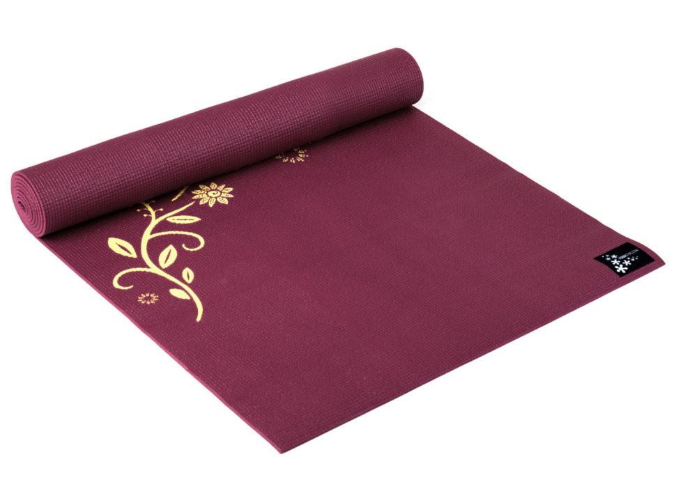 Designová jóga podložka pro rozkvetlou jógu.