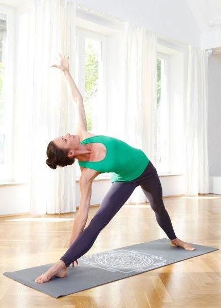 Kvalitní jóga podložka s potiskem Sri Yantra.