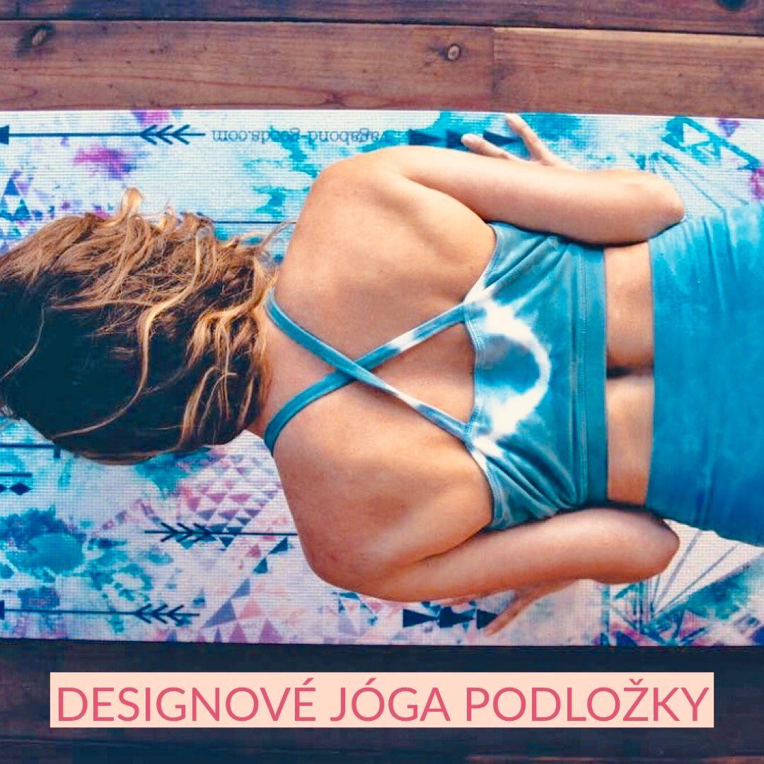 Podložky na jógu s krásným design pro domácí jógu i cvičení jógy ve studiu.