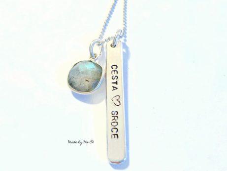 """Designový stříbrný šperk inspirovaný jógou s přívěskem """"Život"""" pro jogínku a každou ženu, co jde cestou srdce."""