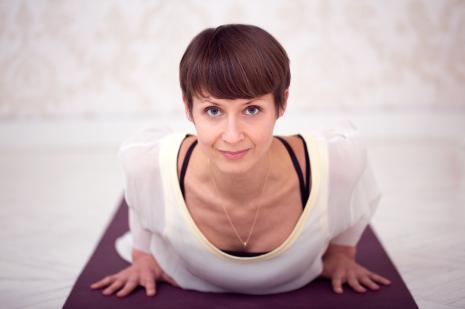 Cvičení jógy podle videí snej jóga lektory od jógy zobýváku.