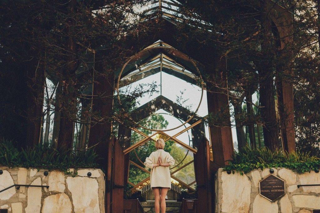 Člónej najóga blogu otom, jak lze propojit jógu akreativitu vhodný nejen pro kreativce ajogíny