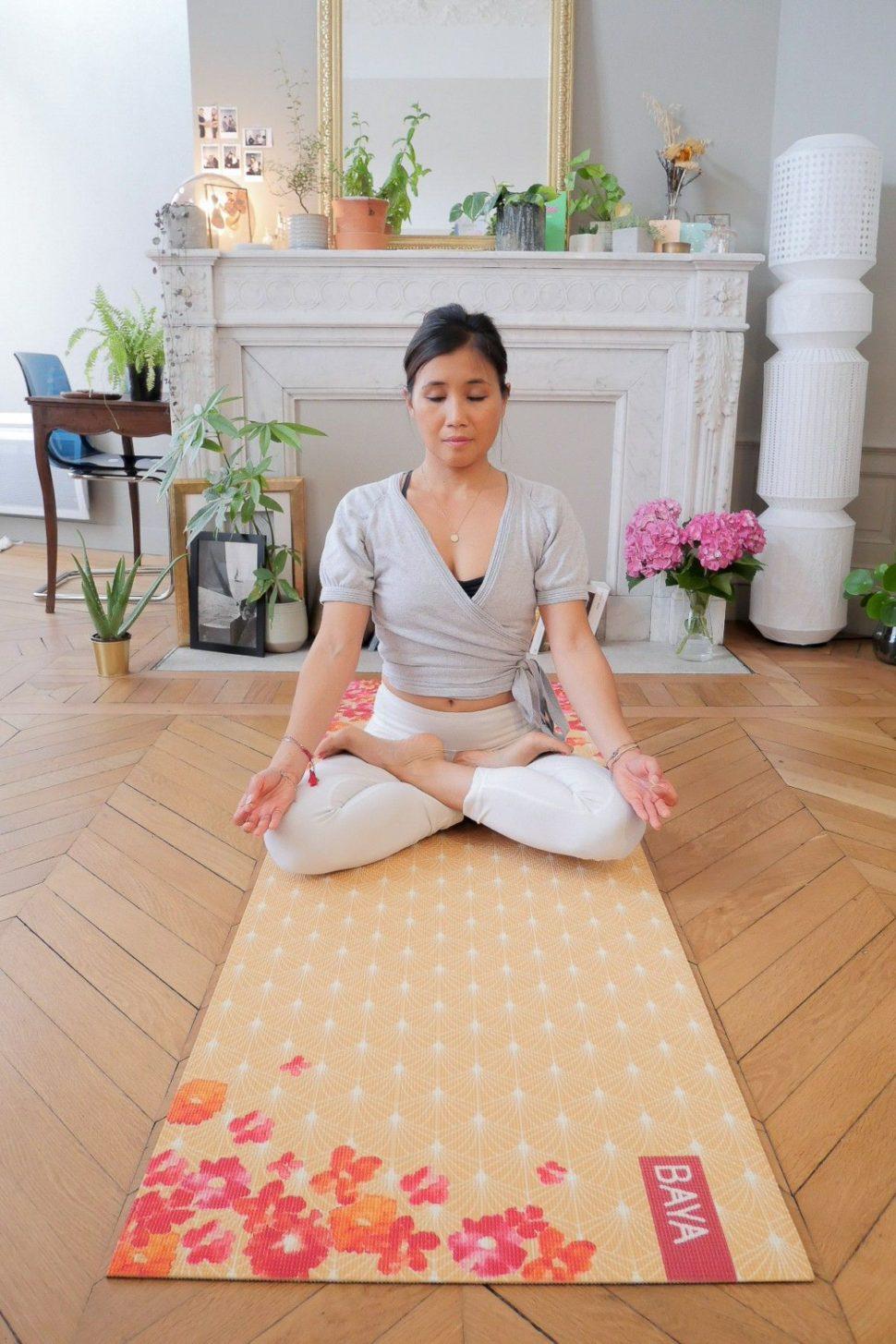 Krásná designová jóga podložka pro cvičení jógy doma iv jóga studiu.
