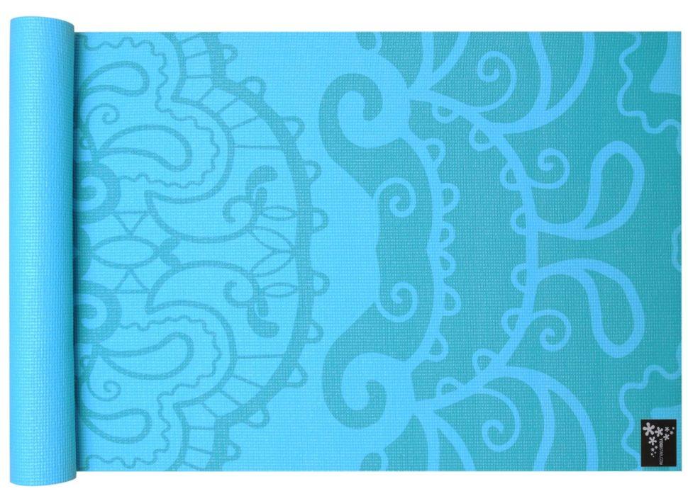 Kvalitní jóga podložka spotiskem květinový ornament.