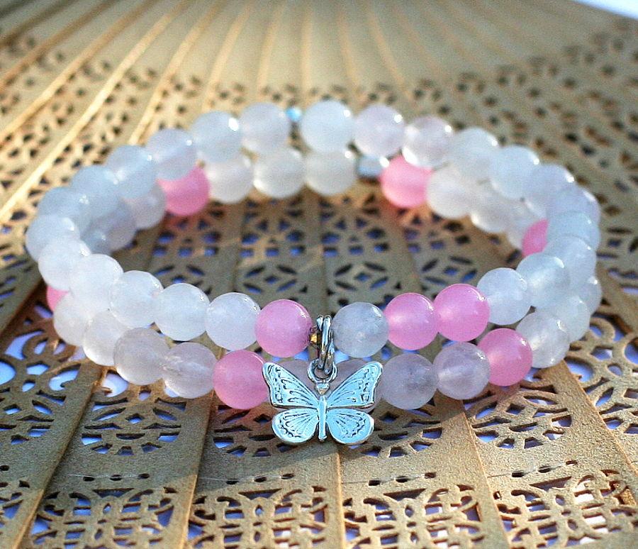 Jóga náramek spřírodními kameny pro jogínky inejogínky spřívěskem lotosový květ.