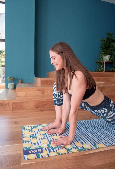 Kvalitní jóga podložka spotiskem.