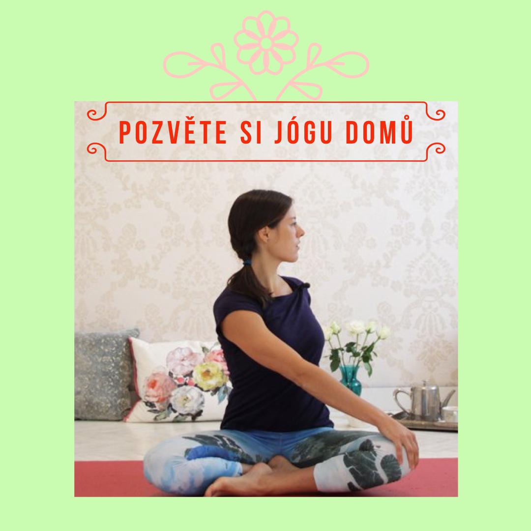 Cvičení jógy nadoma podle videí snej učiteli jógy